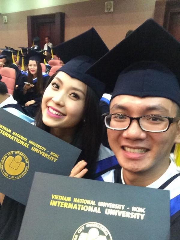 Loạt ảnh kỷ yếu, tốt nghiệp xinh ngất ngây của hot girl các trường Đại Học 1417752565_21