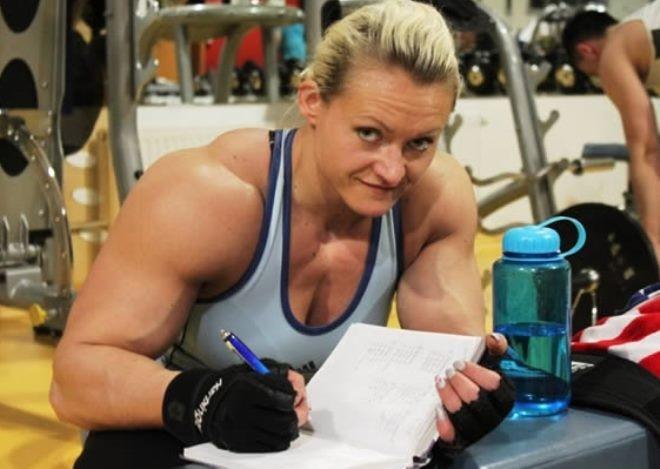 7 cô gái có cơ bắp cuồn cuộn vượt quá sức tưởng tượng 1417824571_8