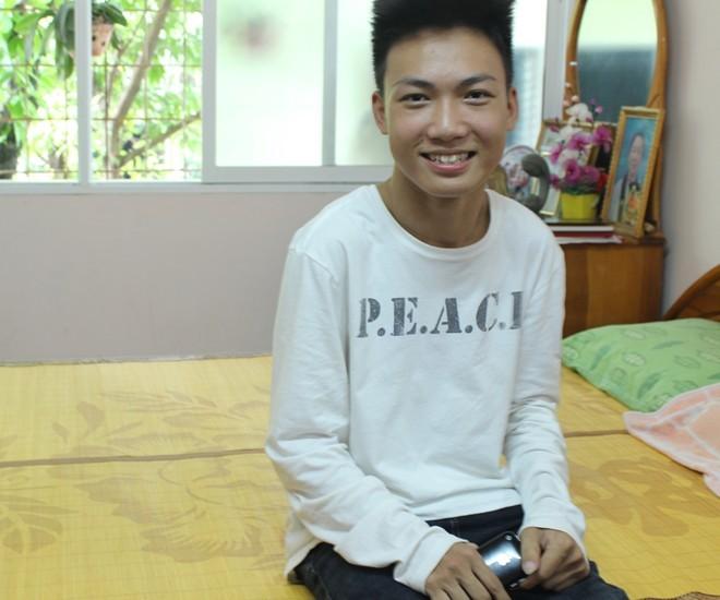 4 chàng trai 9X Việt viết chữ đẹp như in lay động người xem 1417952283_17