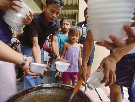 21 người đã thiệt mạng vì siêu bão Hagupit 1418031811_2
