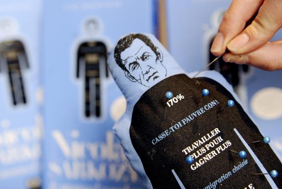 Poupée vaudou  Nicolas Sarkozy 1225306907