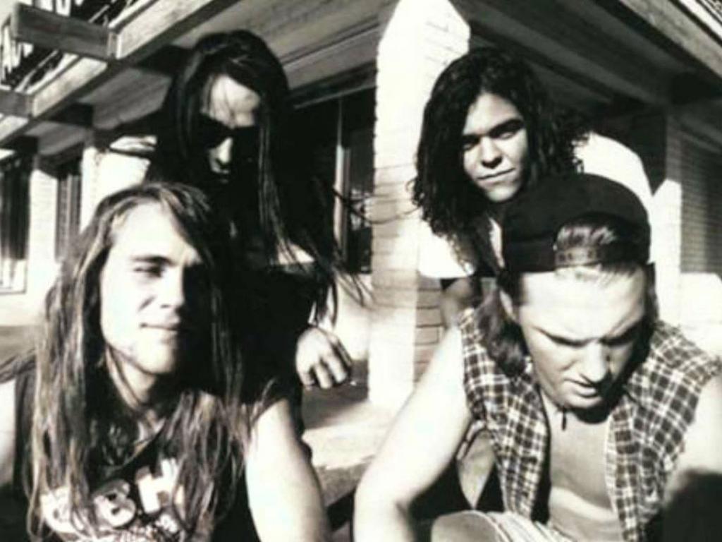 HOLA SOY EXTRATERRESTRE, ME ENSEÑAS ? - Página 5 Kyuss-4.lecoolvalencia
