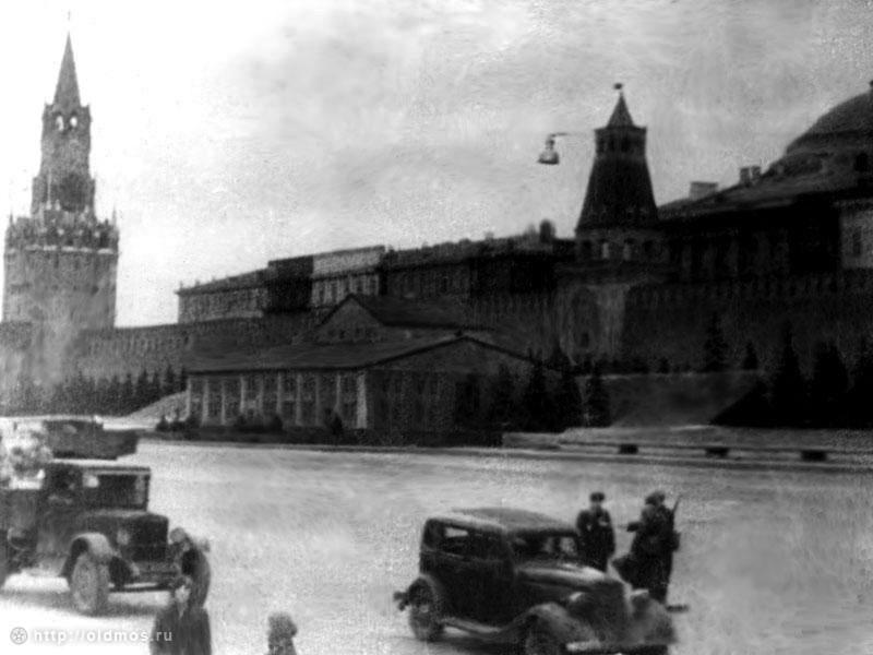 إختفاء الكرملن عن مقاتلات هتلر 15
