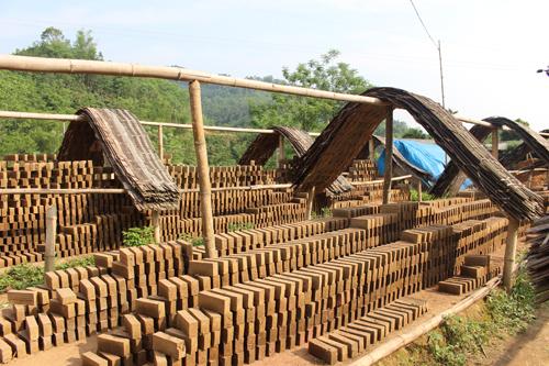 Bắc Kạn: Kiên quyết xong vận hành lò gạch khu đất sét nung Ximang_gach