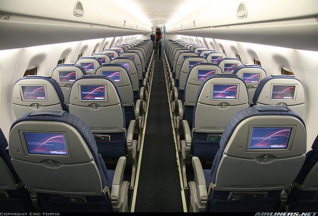 VF-5 - Página 17 Fotos-sabado-conviasa-recibe-aviones-lujosos-embraer-e190_4_1397298