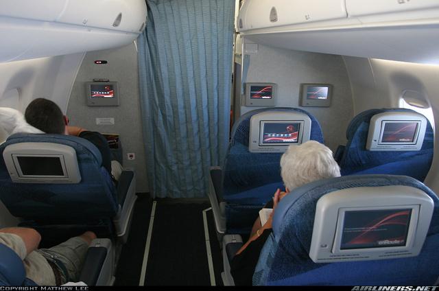 VF-5 - Página 17 Fotos-sabado-conviasa-recibe-aviones-lujosos-embraer-e190_7_1397298