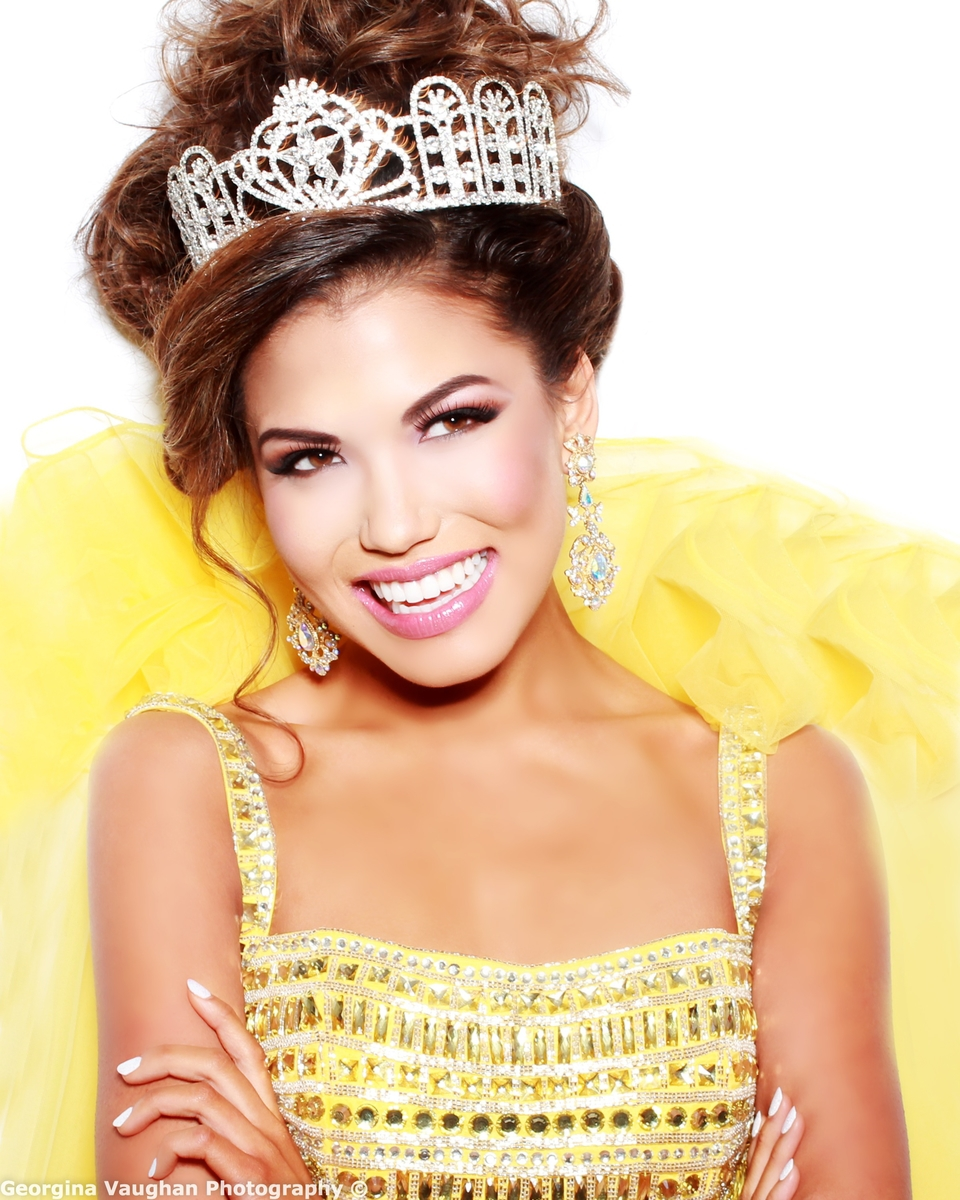 Road to Miss Teen USA 2015, finals August 22, 2015 - Page 2 Miss-Nevada-Teen-USA-Geovanna-Hilton_-by-Georgina-Vaughan