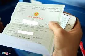 Những giấy tờ cần mang theo khi đi máy bay Khai%20sinh