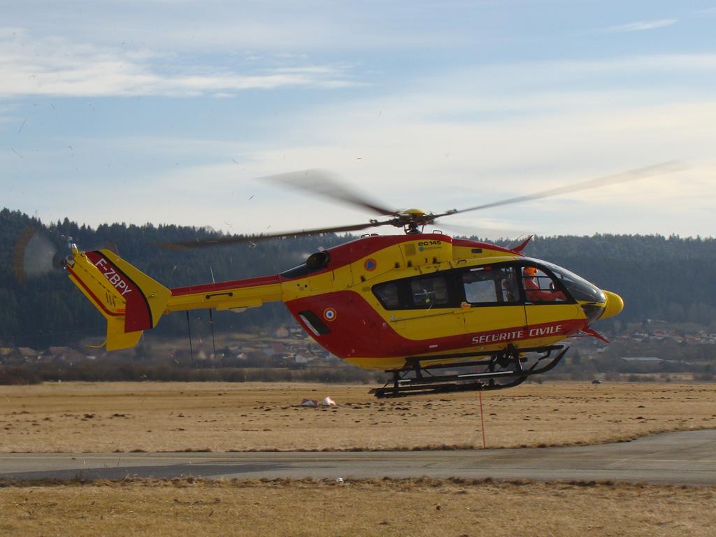 Concours Photos du moi d'Octobre:Les Hélicoptères ConcoursPhotoJA_octobre2011_helicoptere