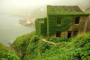 Goqui Island, il villaggio abbandonato Abandoned-fishing-village-goqui-island-shengsi-zhoushan-china-tang-yuhong-1-314x209