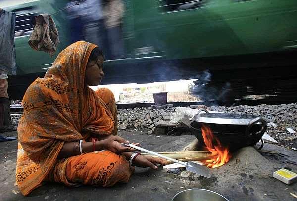 Minievento 20. Hambre para hoy, hambre para mañana - Página 2 India