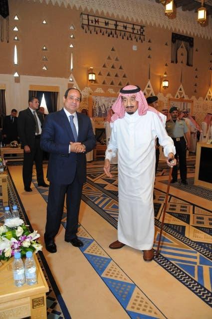 الملك سلمان يلتقي عبدالفتاح السيسي في #قصر_العوجا 6a9149b1-440b-472f-bf3f-6dfc8f78ed30