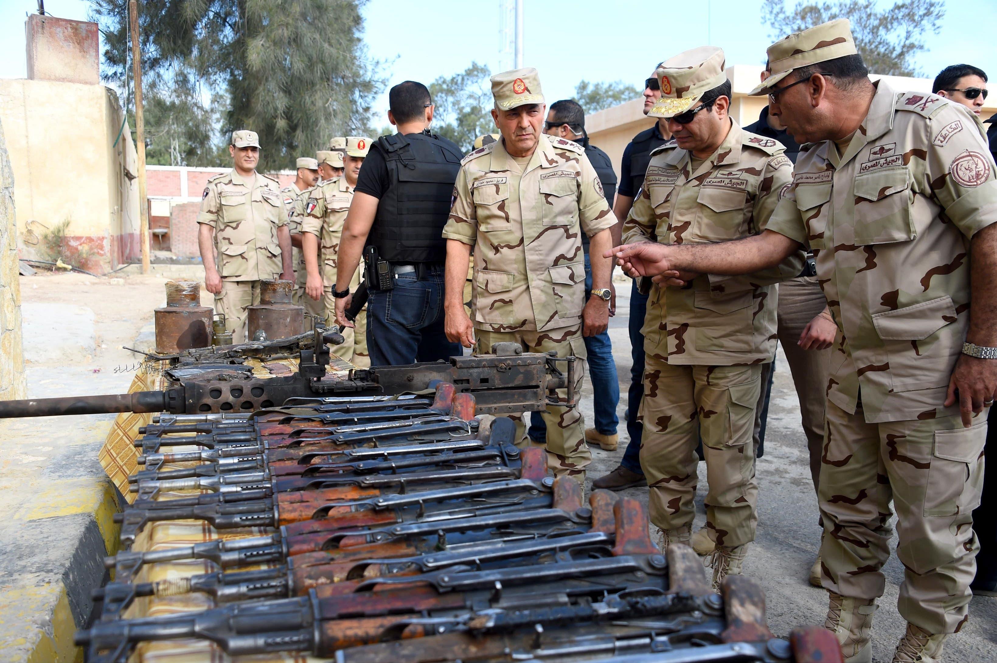 السيسي بالزي العسكري في شمال سيناء بعد الهجمات 02d1f52f-2757-4d62-b76c-b9d170aeabd1