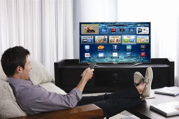 Kujdes! Televizori i shtëpisë mund të ju monitorojë?!  Play-video-on-samsung-tv