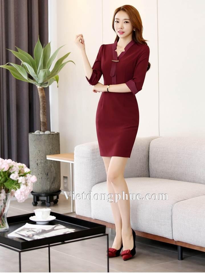 Mẫu đồng phục váy liền thân đẹp hút mắt dân công sở Thu ĐÔng 2018  8OO