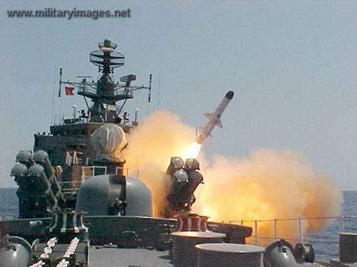 أحدث أنظمة الصواريخ المضادة للسفن في الترسانة العالمية  Kh35-001
