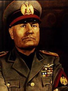 Le mythe de la chute de Lucifer et de Prométhée Mussolini-220_802784f1