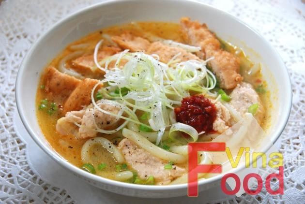Thế giới ẩm thực: Công thức làm món bánh canh chả cá đúng chuẩn NhaTrang Banh-canh-cha-ca-phan-rang