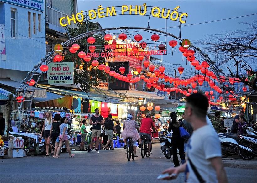 Du lịch nghỉ dưỡng: Tại sao gọi Grand World Phú Quốc là thành phố không ngủ Tai-sao-goi-grand-world-phu-quoc-la-thanh-pho-khong-ngu-02