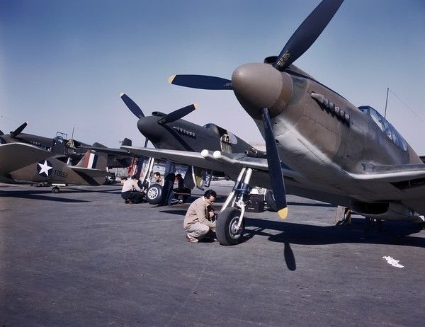 Anciens Avions A144f147