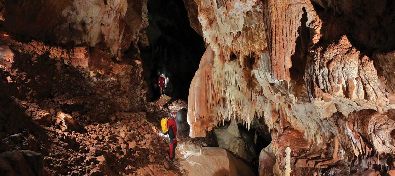 Cerjanska pećina  Cerjanska-pecina-cerje-cave-1170x521