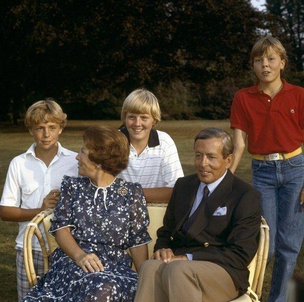La reina Beatrix y su familia - Página 2 8c36de95