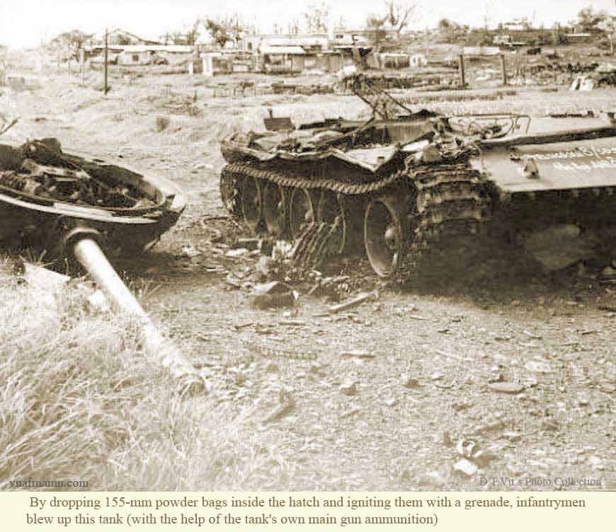 Vietnam War 1954-1975 Anloc_VCtank3