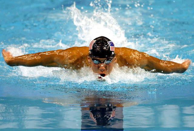 Što sve vole muškarci, prikaži slikom - Page 13 Plivanje