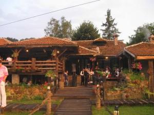 Omiljeno mjesto za odmor Etno-restoran-ognji%C5%A1te-%C5%A1tulac-vrnja%C4%8Dka-banja-300x225