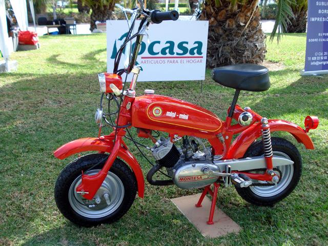 Basé sur l'ordre alphabétique, des noms de voitures, camions, dragsters, vélos, motos, tracteurs, bref tout ce qui roule !... - Page 37 Mini-moto-montesa