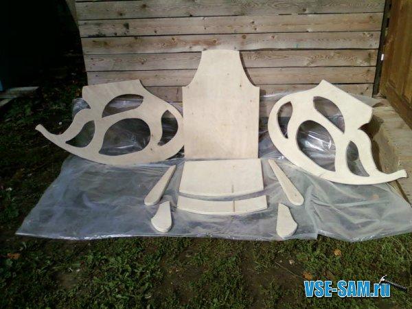 Кресло-качалка из фанеры, подкатной столик. 1289397593_1