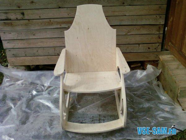 Кресло-качалка из фанеры, подкатной столик. 1289397632_10