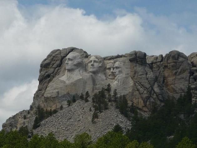 Zanimljivosti iz  geografije - Page 2 Mount_Rushmore-4