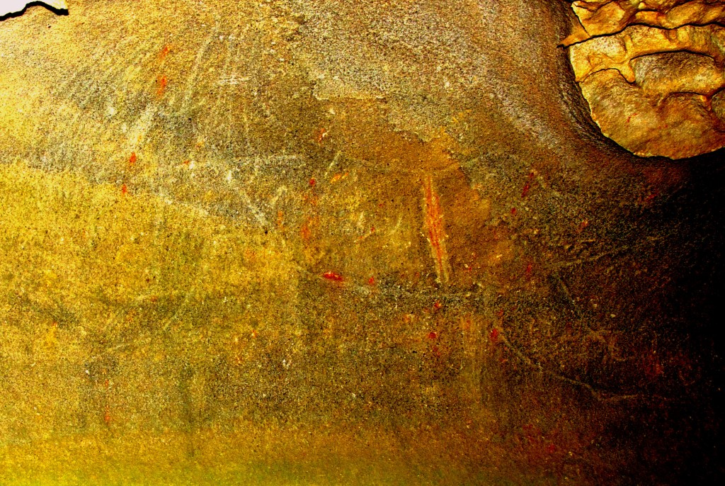 Does the Cave of the Golden Boomerang Contain Profound and Important Pre-historic Rock Engravings? GoldenBoom1664_Web2-1024x686