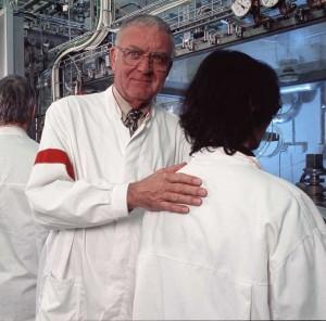 Prominent U.S. Scientist Sounds The Alarm On Geoengineering Prominent-Scientist-Sounds-The-Alarm-On-Geoengineering-J-Marvin-Herndon-PhD-300x296