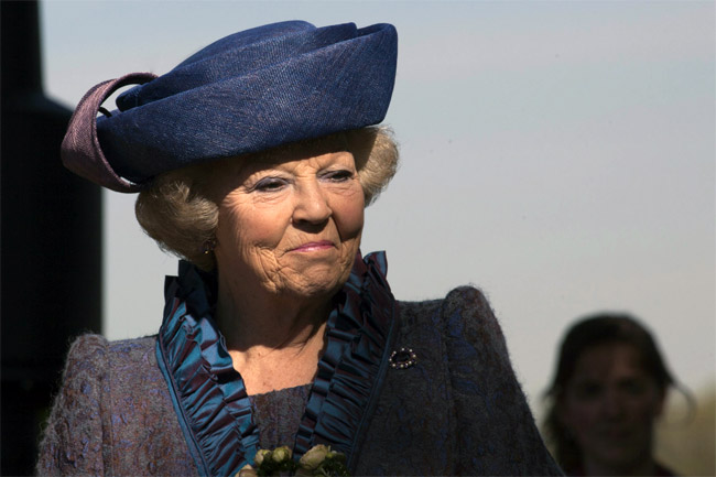 NEIL KEENAN UPDATE | A Change Is Gonna Come Queen-beatrix-1