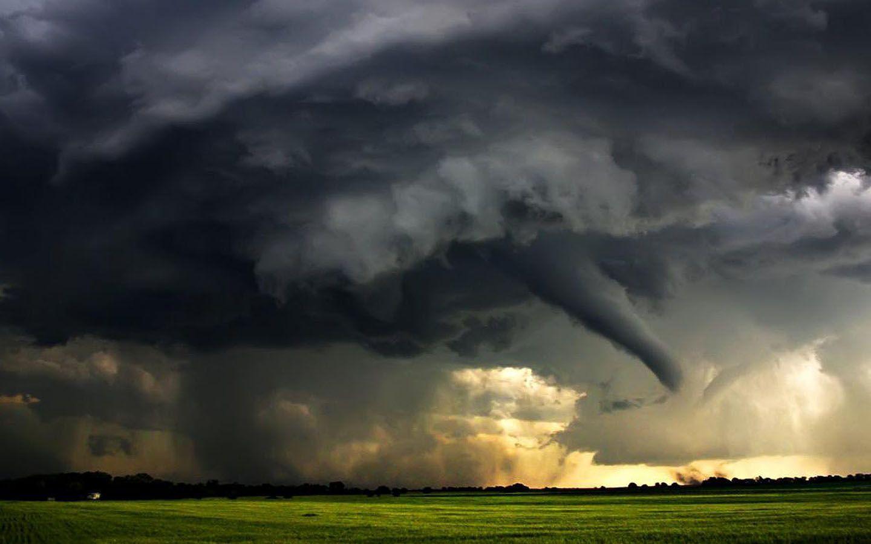 Tornado JHOUZAW