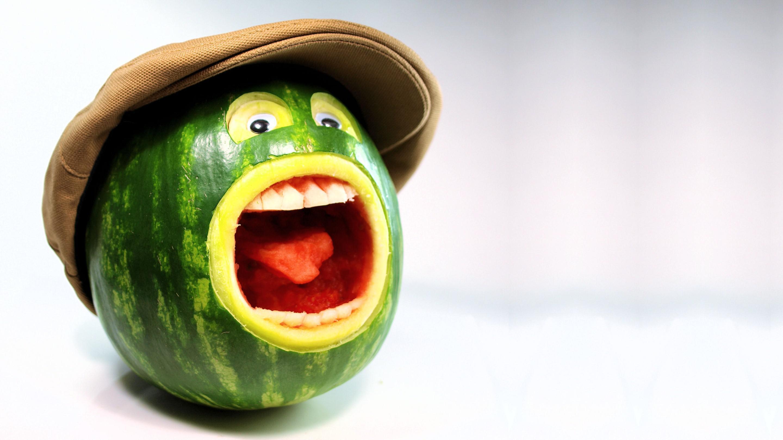 Čime bi  udarili forumaša iznad ? - Page 17 Funny-Water-Melon