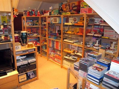 Geek room du net !  Retro-gameroom-for-men