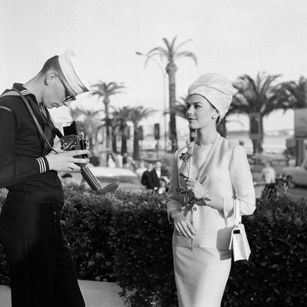 Natali Vud Natalie-Wood-at-the-Cannes-Film-Festival-1962.