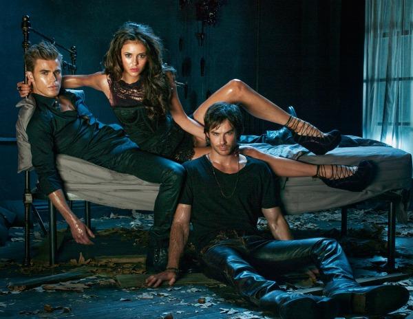 Bajkovite serije Vampire-diaries-poster-season-2