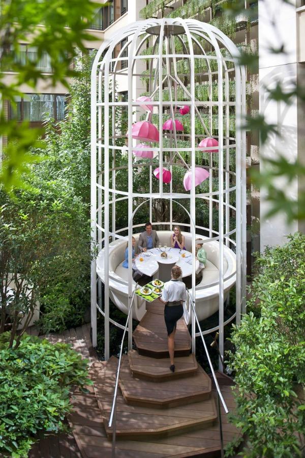 Najskuplje ,neobične ,čudne hotelske sobe i hoteli  Mandarin-paris-12-800x1200