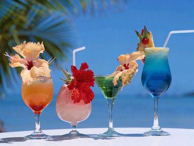 Kokteilių Baras. Tropical-drinks