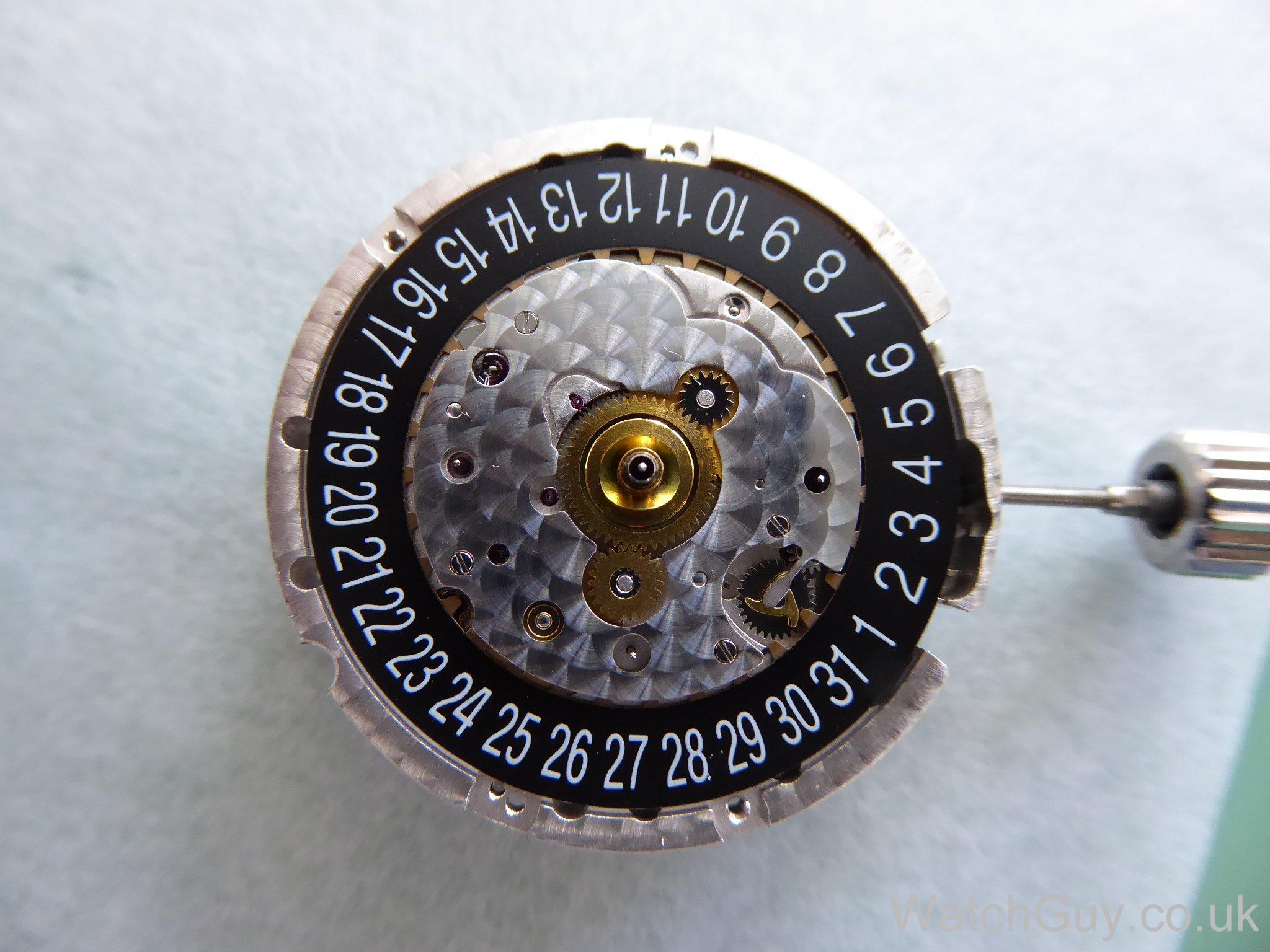 omega - photos du calibre omega 3303 P1060153
