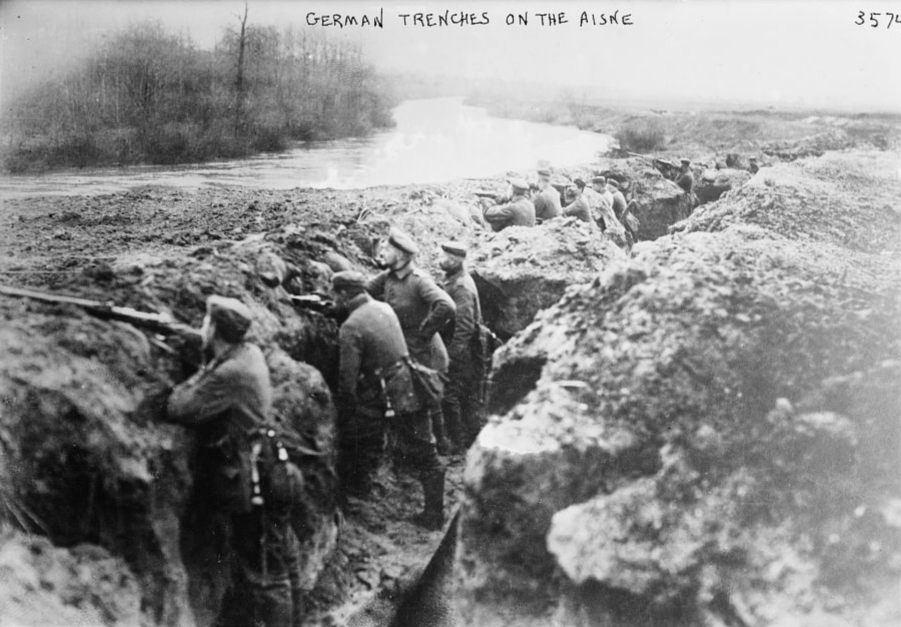 Les tranchées German_trenches_on_the_aisne
