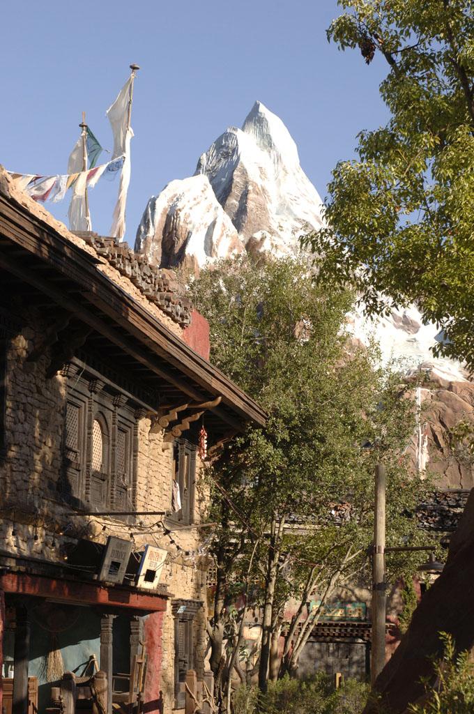 [Disney's Animal Kingdom] Expedition Everest Everest04