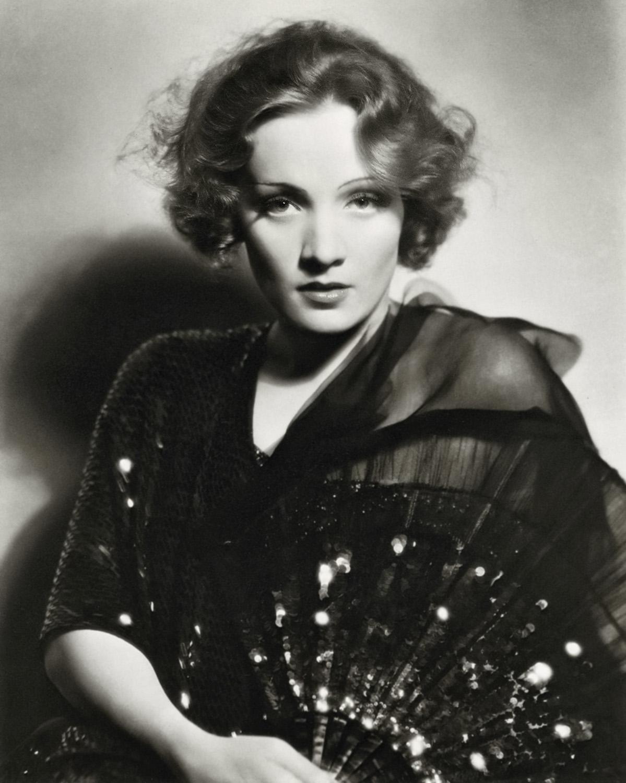 Ženske filmske legende Marlene_Dietrich_1930