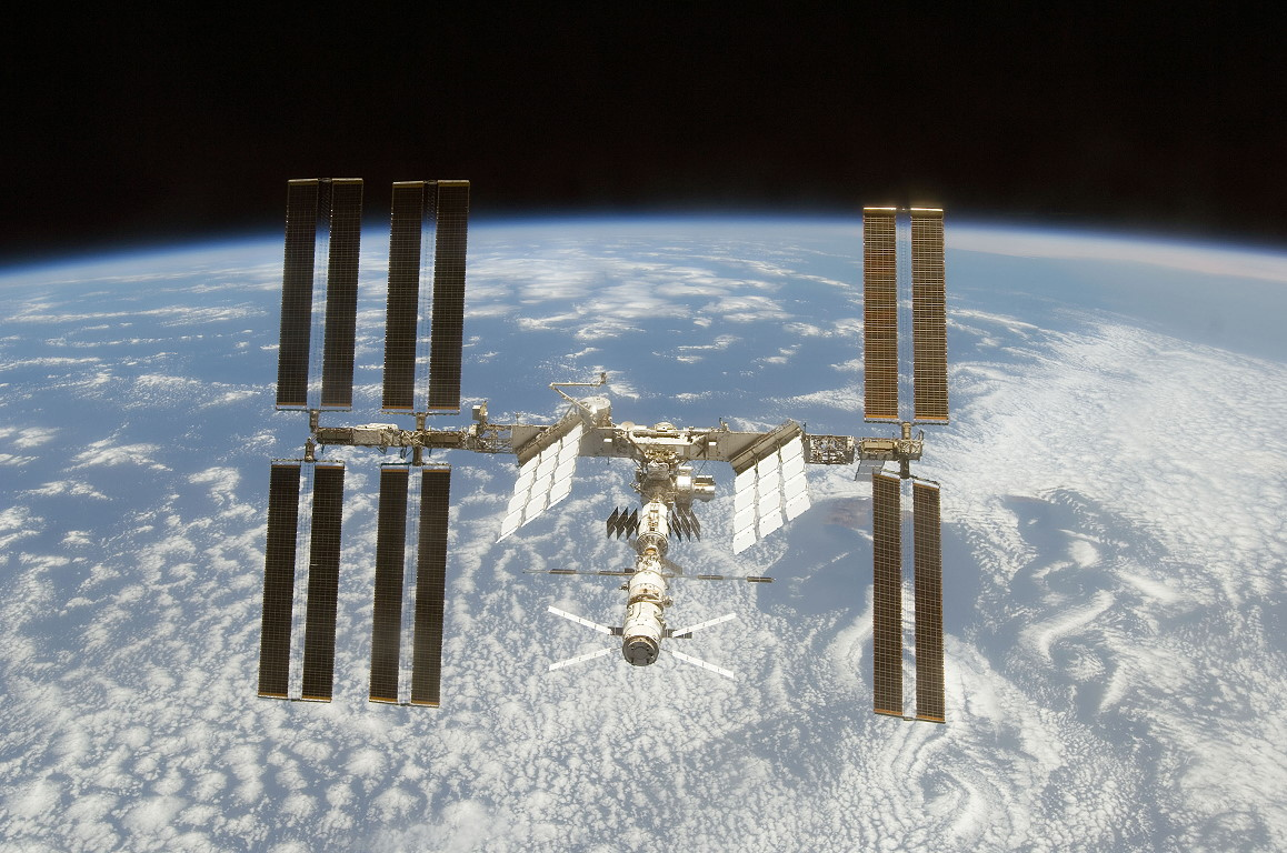 Animation assemblage ISS Sts124_iss