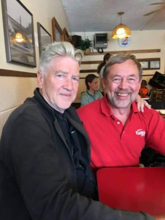 Twin Peaks  - Page 3 David-lynch-dairy-freeze-north-bend-mayor