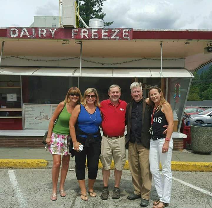 Twin Peaks  - Page 3 David-lynch-north-bend-mayor